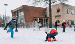 Sneeuwplezier in Heiloo (Uitkijkpost 8 jan 2021)